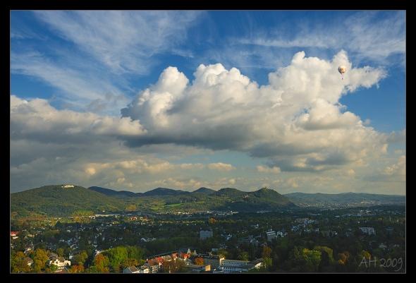 Ein Blick von der Godesburg rüber zum Siebengebirge