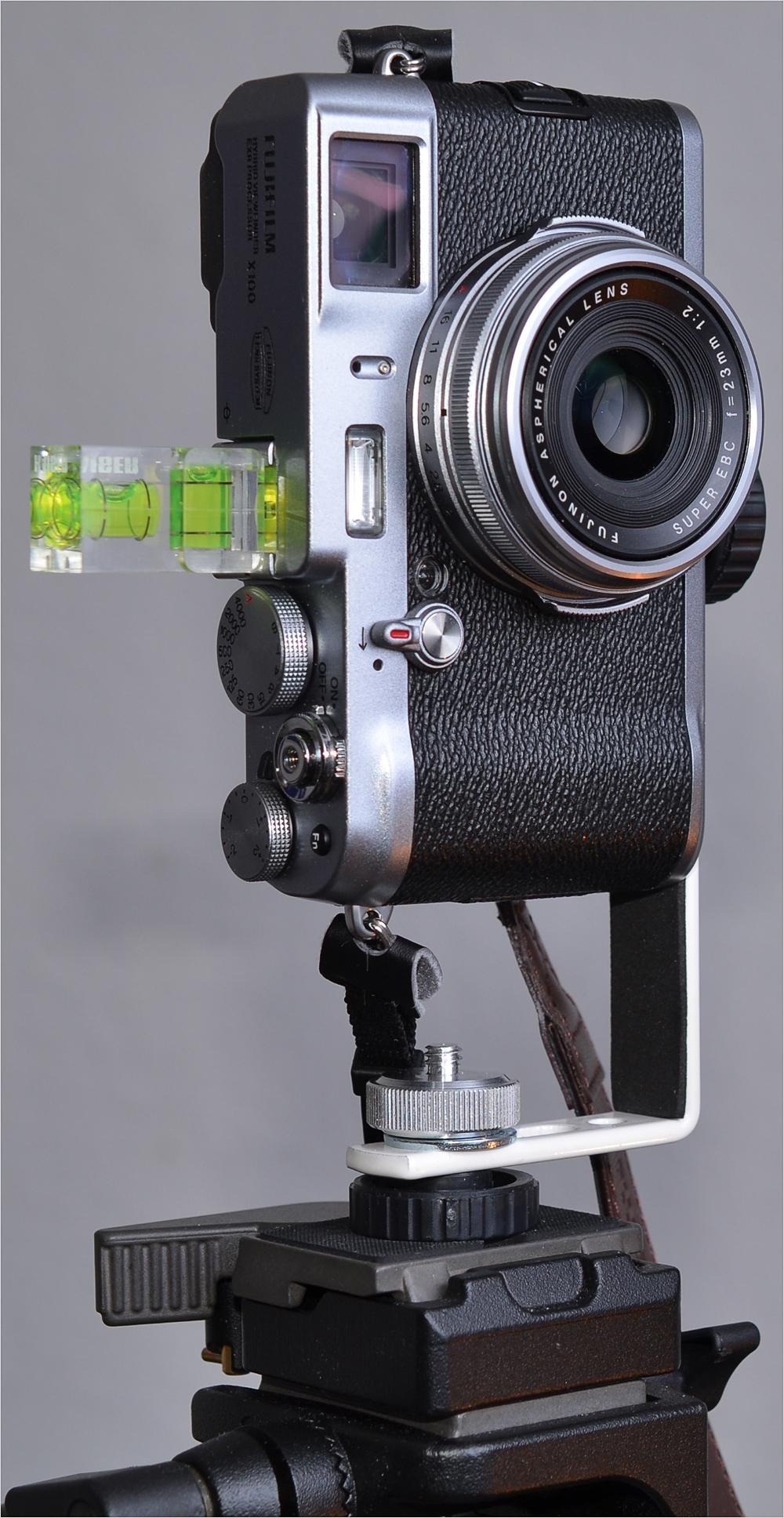 Fuji X100 mit Nodalpunkt-Adapter III