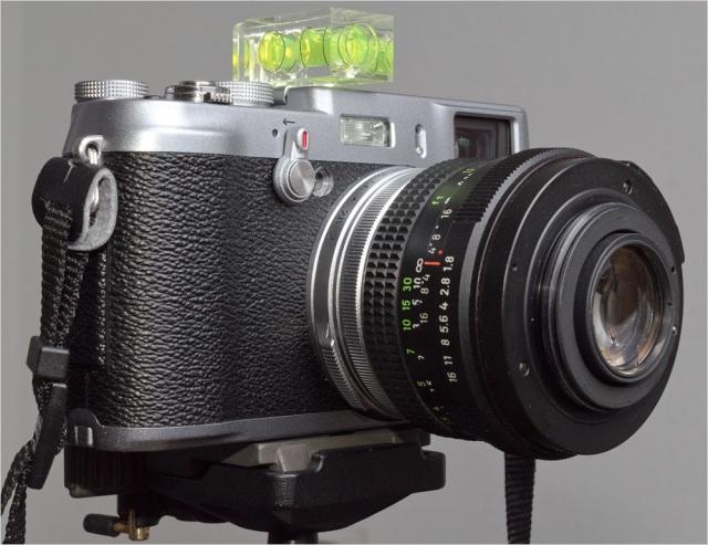 Fuji-Finepix-X100-Reversed-Lens