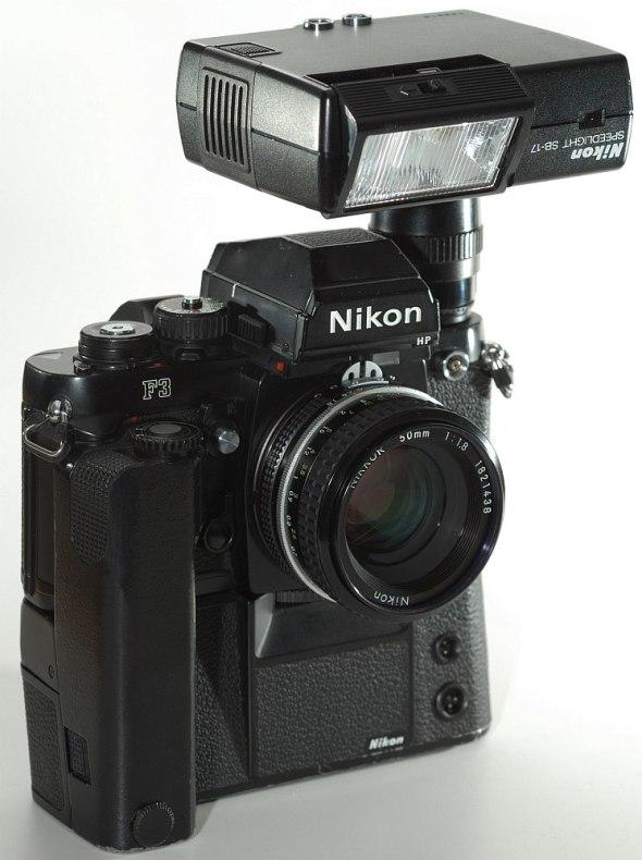Nikon F3 mit SB-17