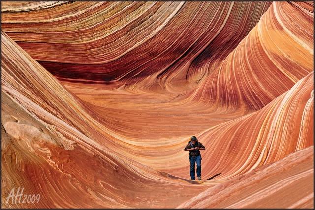 Nikon D300 - Hiking the Wave