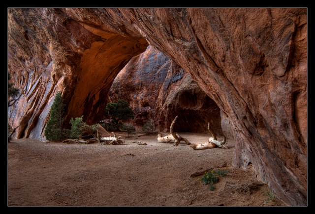 Nikon D2x - Arches NP - Navajo Arch