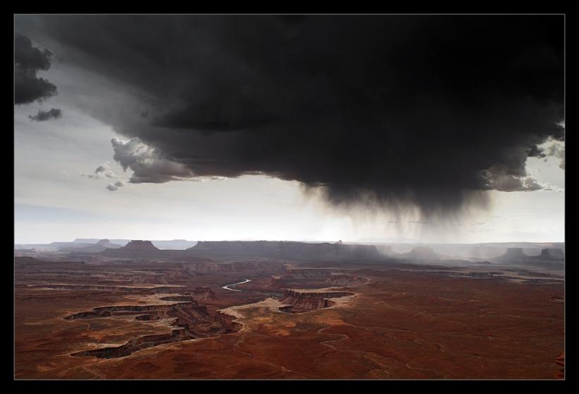 Nikon D2x - Storm over Canyonlands