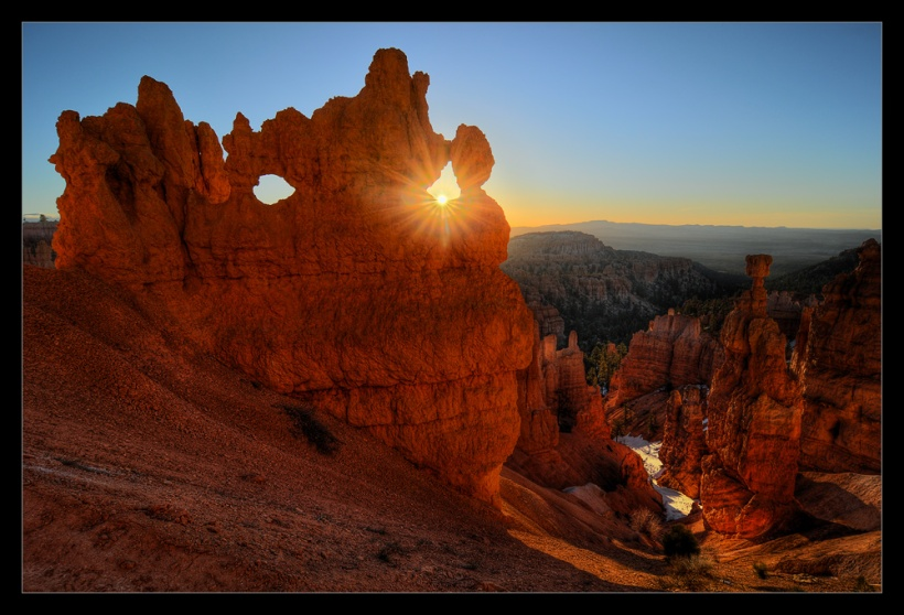 Nikon D300 - Bryce Canyon Sunrise