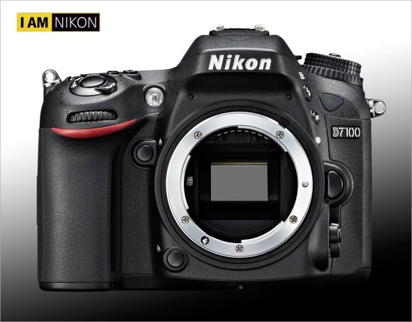 Nikon D7100 - Front