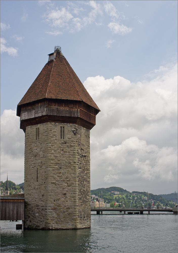 Alter Pulverturm an der Kapellbrück in Luzern