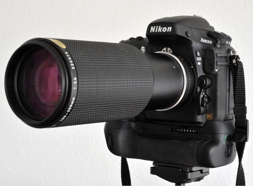 Nikon D800E & Nikon AiS 5.6/100-300mm
