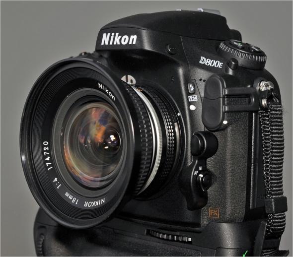 Nikon D800E mit Nikon AiS 4/18mm
