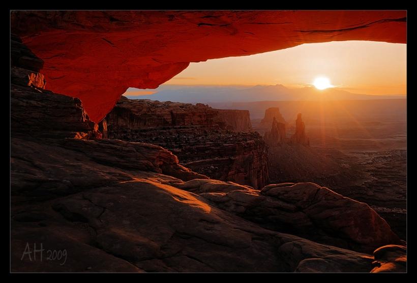 Mesa Arch - La Sal Sunrise