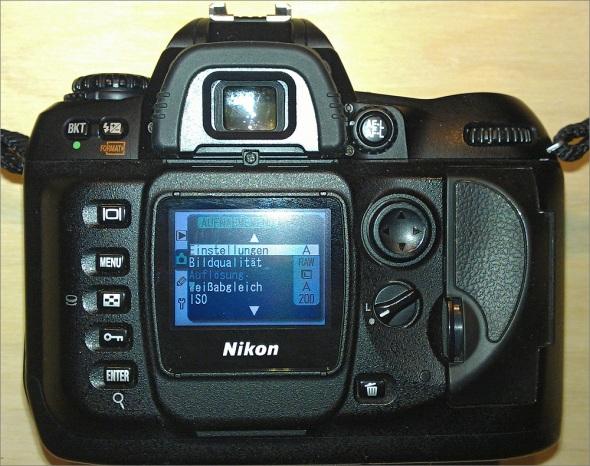 Nikon D100 - Back