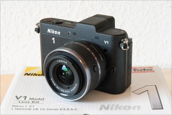 Nikon_1_V1_Nikon_D60