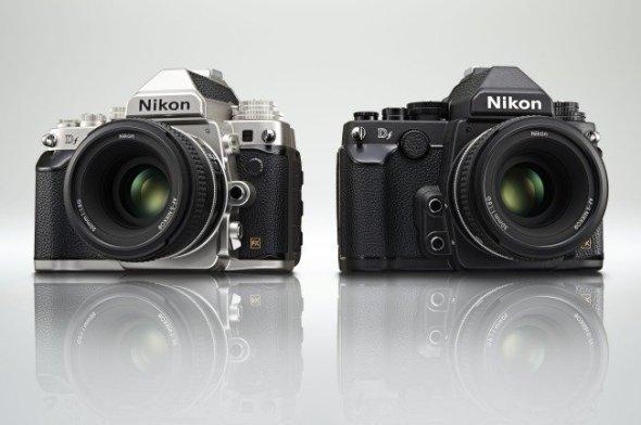 Nikon-Df-blakc-and-silver
