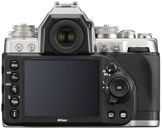 Nikon-Df-kit-silver-3