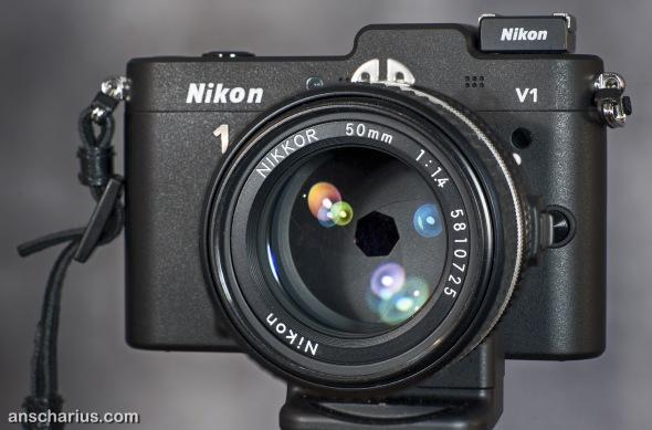 Nikon_1V1_FT1_AiS_14_50mm_1920px